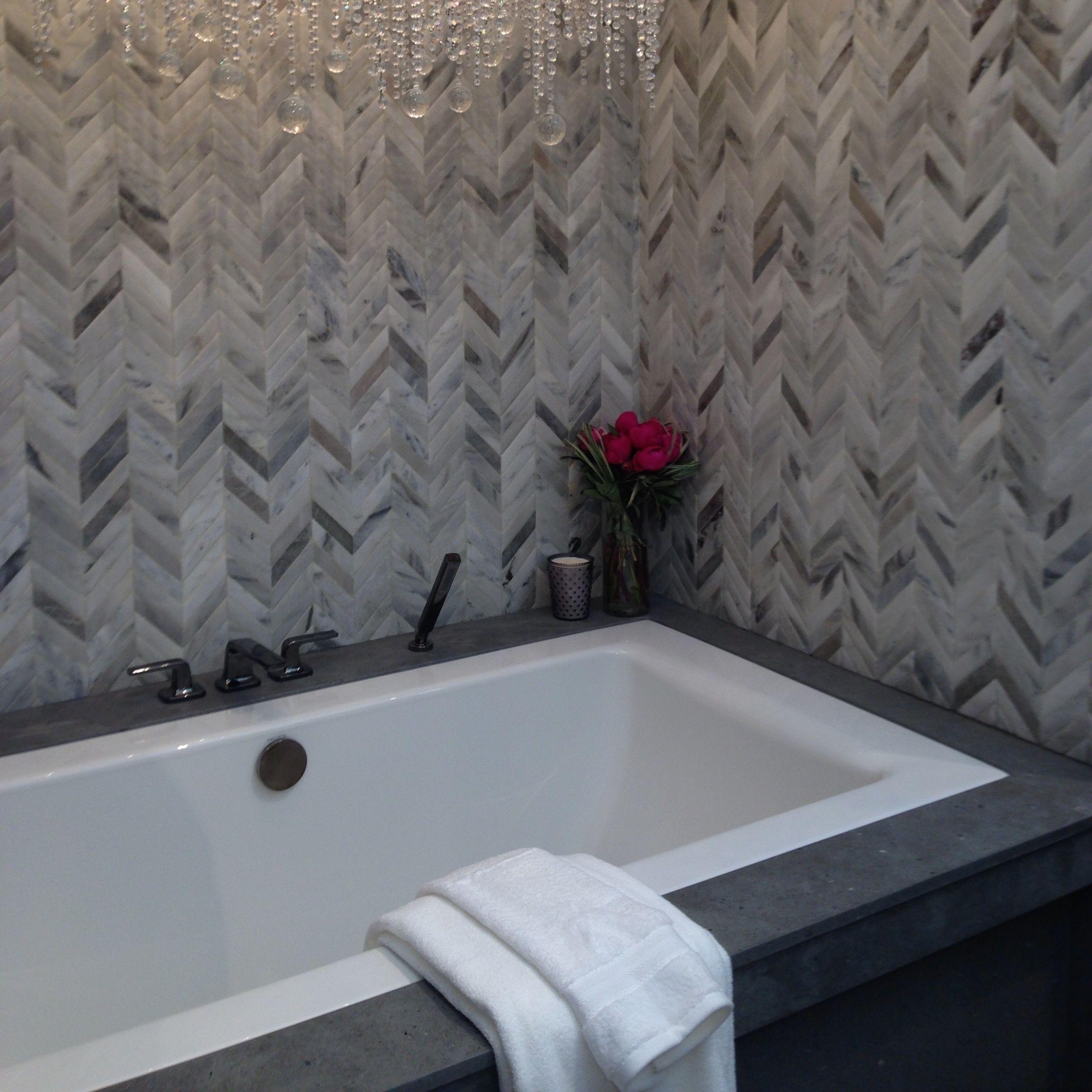 chevron jacuzzi bathtub backsplash | first house | Pinterest ...