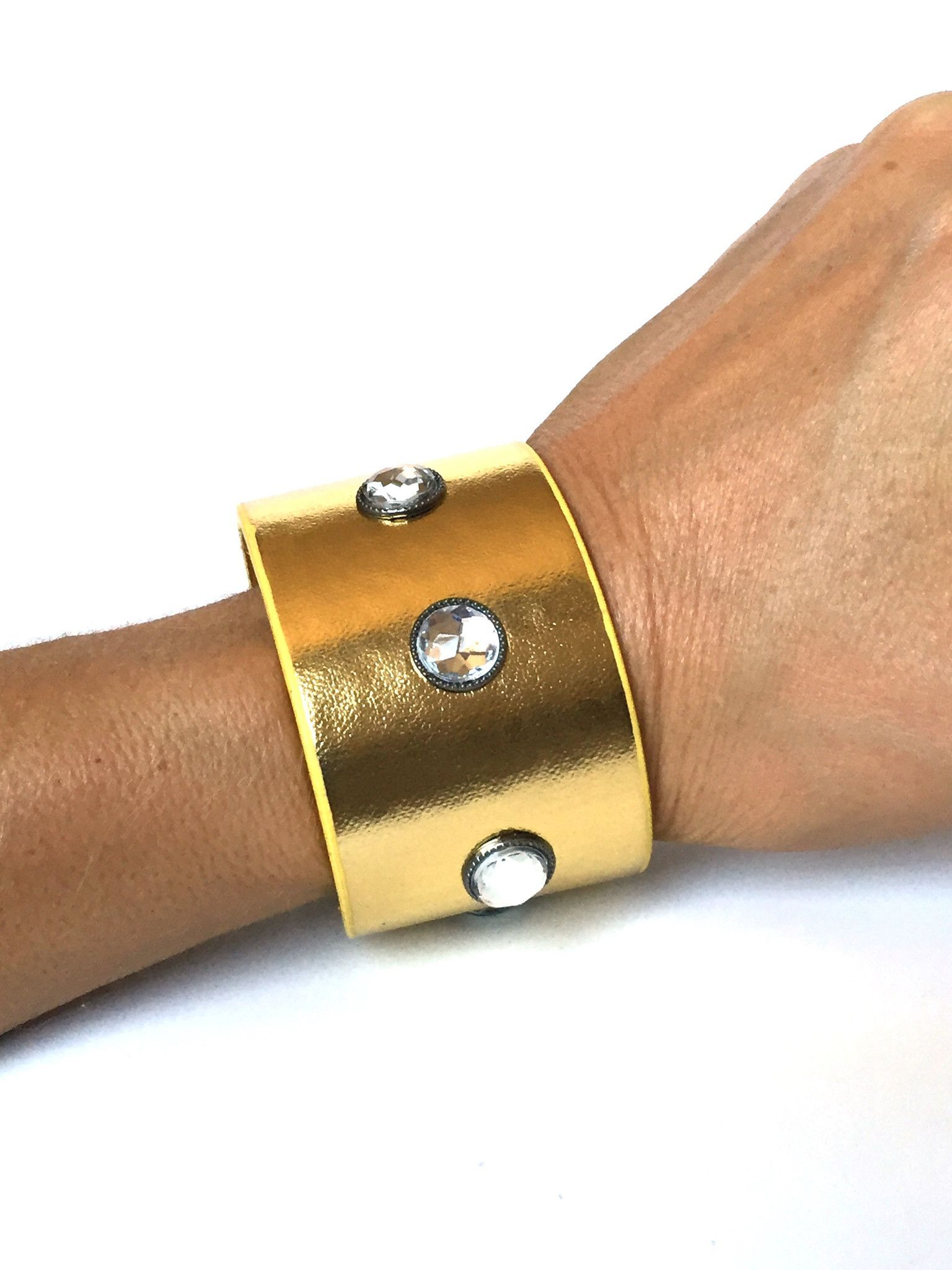Womenus wide gold studded bracelet cuff wristband wristcuff with