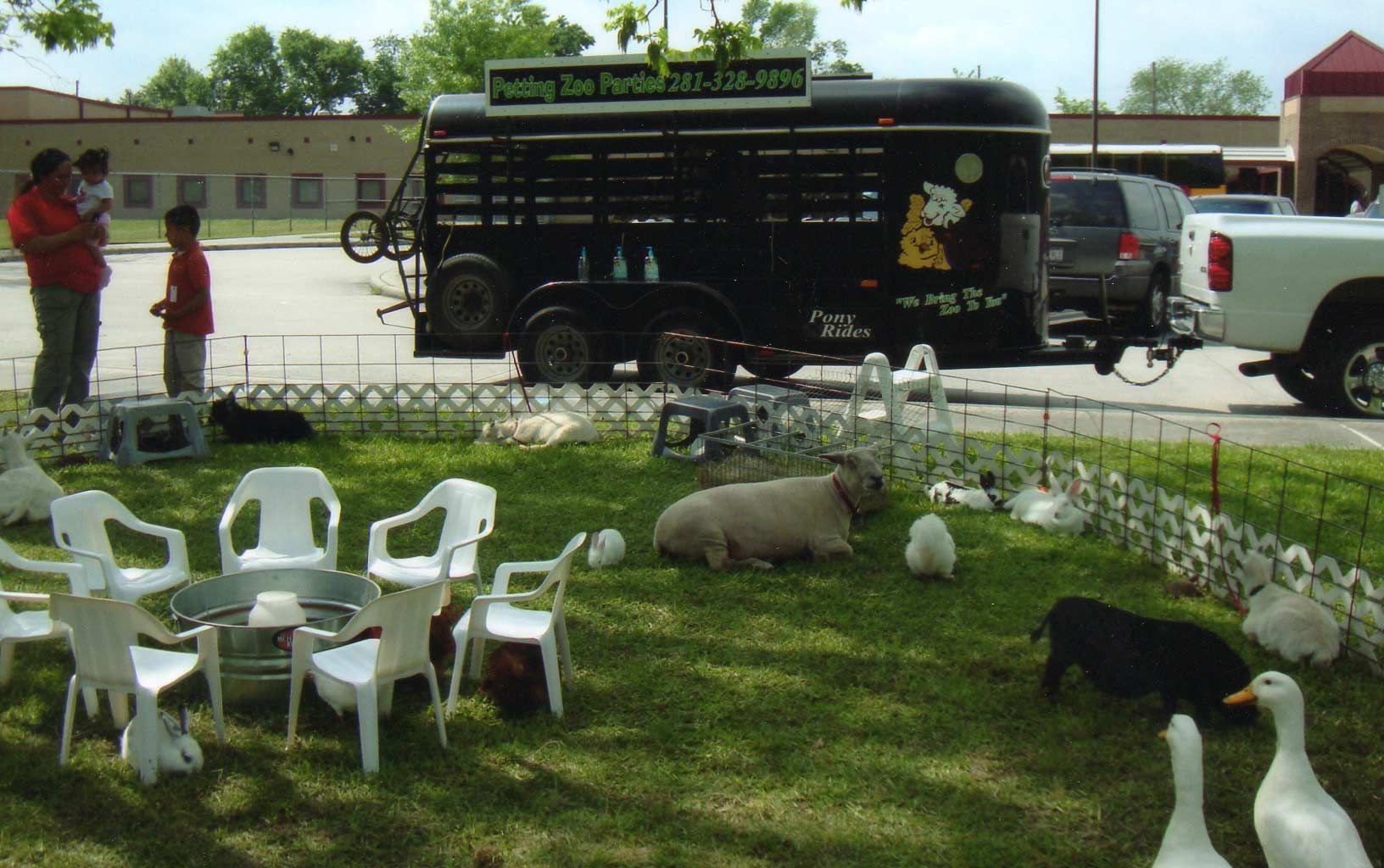 Petting Zoo, Pony rides & Farms Directory Zoo animals