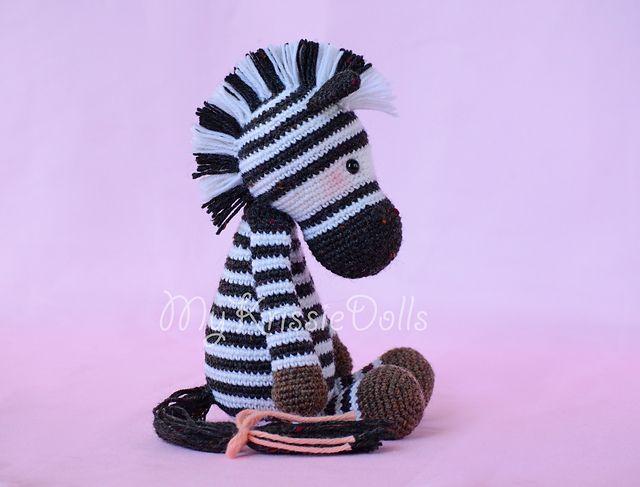 Betje Zebra | Crochet zebra, Crochet zebra pattern ...