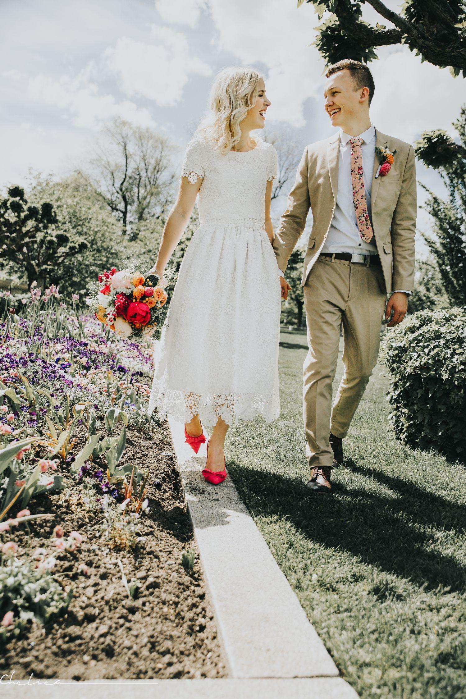 Pin By Eliza Bradford On I Can Hear The Bells Wedding Dress Shopping Bridal Gowns Dream Wedding Dresses