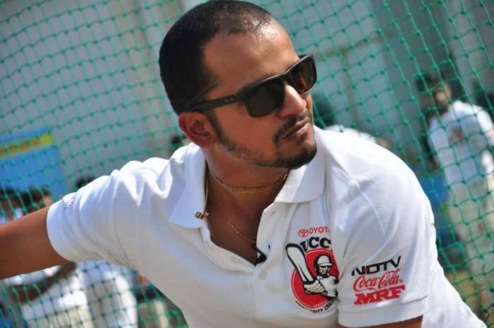 #Cricket to #Golf I want to become a scratch golfer: '@kartikmurali  MUST READ: http://golfingindian.com/i-want-to-become-a-scratch-golfer-murali-kartik/ #India