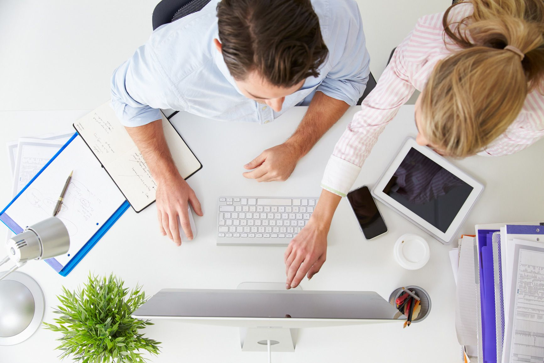 Final Step Marketing makes and executes social media marketing strategies for businesses. Targeted customers are engaged in fruitful discussion that includes presenting products, providing information, education on advantages of products and updating customers about new launches and discount offers. Visit here :- http://www.imfaceplate.com/karenbailey/make-your-website-popular-on-social-media