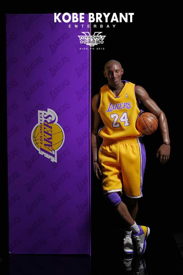 ใหม่  Kobe Bryant fully posable action figure  38bcda8ee94