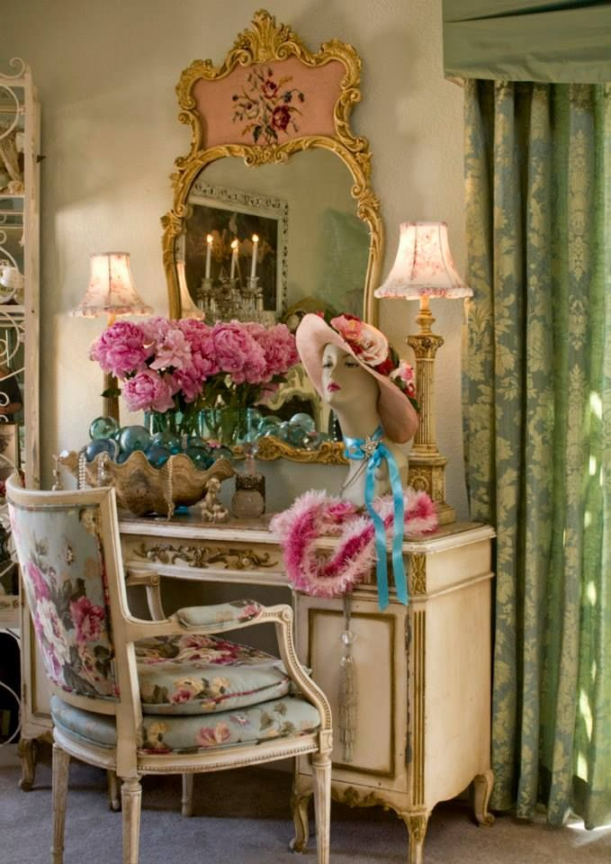the house is in apple valley california magazine is casa romantica shabby chic n 3 romantic. Black Bedroom Furniture Sets. Home Design Ideas
