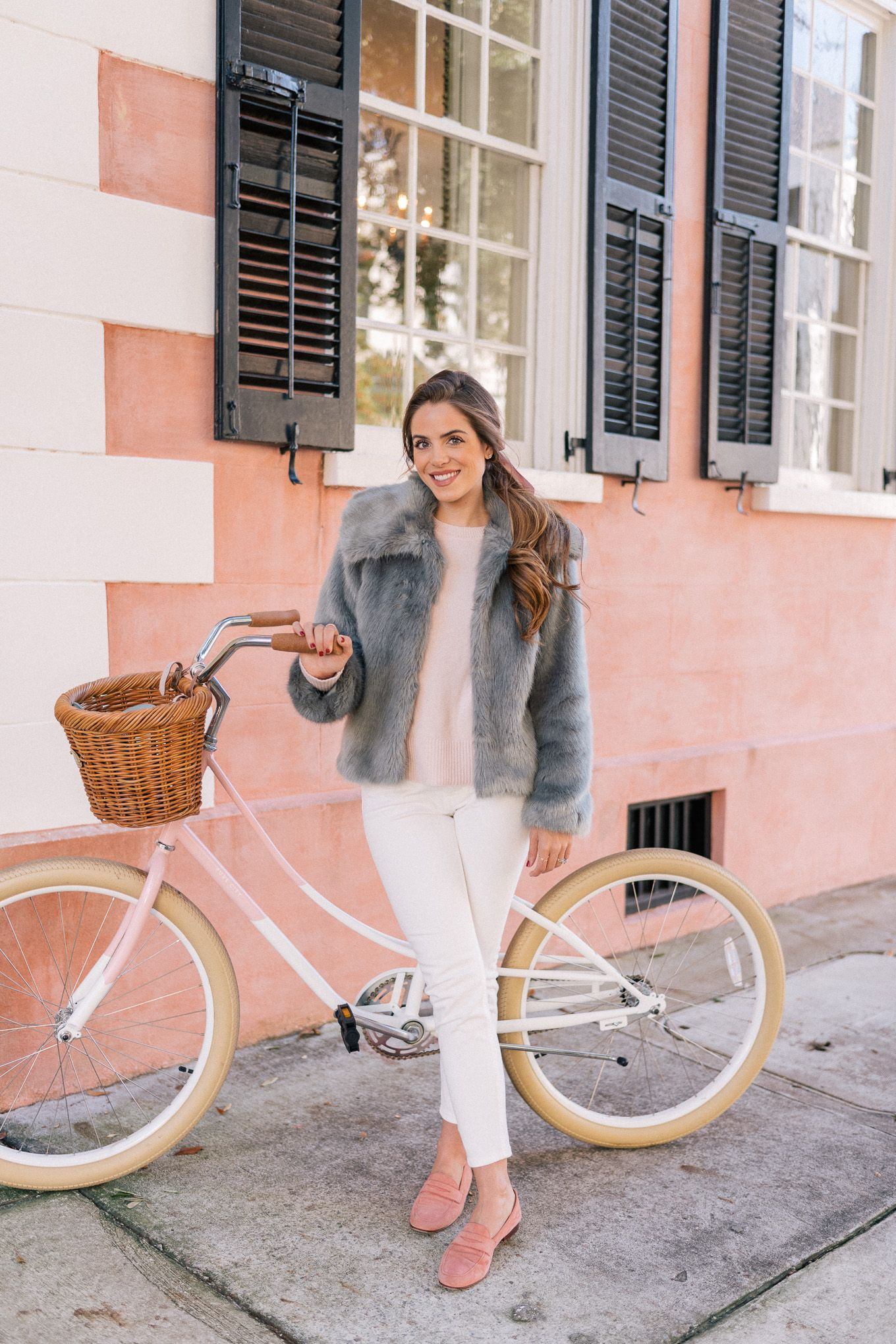 The Faux Fur Jacket I Can\'t Get Enough Of | Propios y Ropa