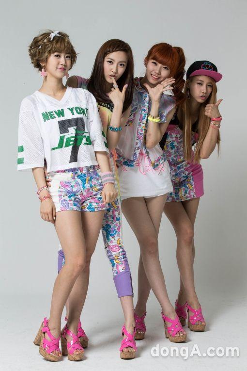 Hyeyeon Yuji Dahye Haeryung Besties Debut Pop Group