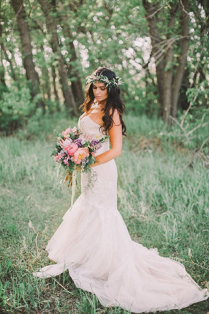 Gorgeous bohemian wedding dress | Woodlan Wedding dress | Boho wedding gown #weddingdress #weddinggown #weddingdresses #bohowedding , wedding dresses ,wedding gowns