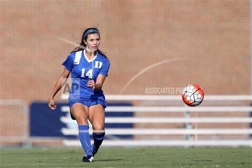 In The Picture Duke S Mary Love Taylor The Duke University Blue Devils Played The Fresno State Bulldogs At Fetzer Field Womens Soccer Soccer University Blue