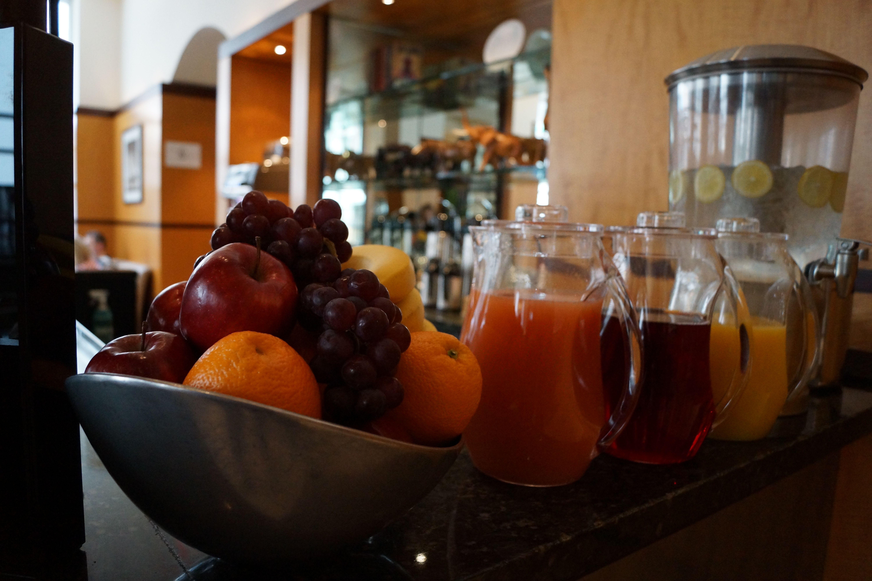 Official Site Best Luxury Boutique Hotel Manhattan Giraffe Hotel Bagel Cream Cheese Continental Breakfast