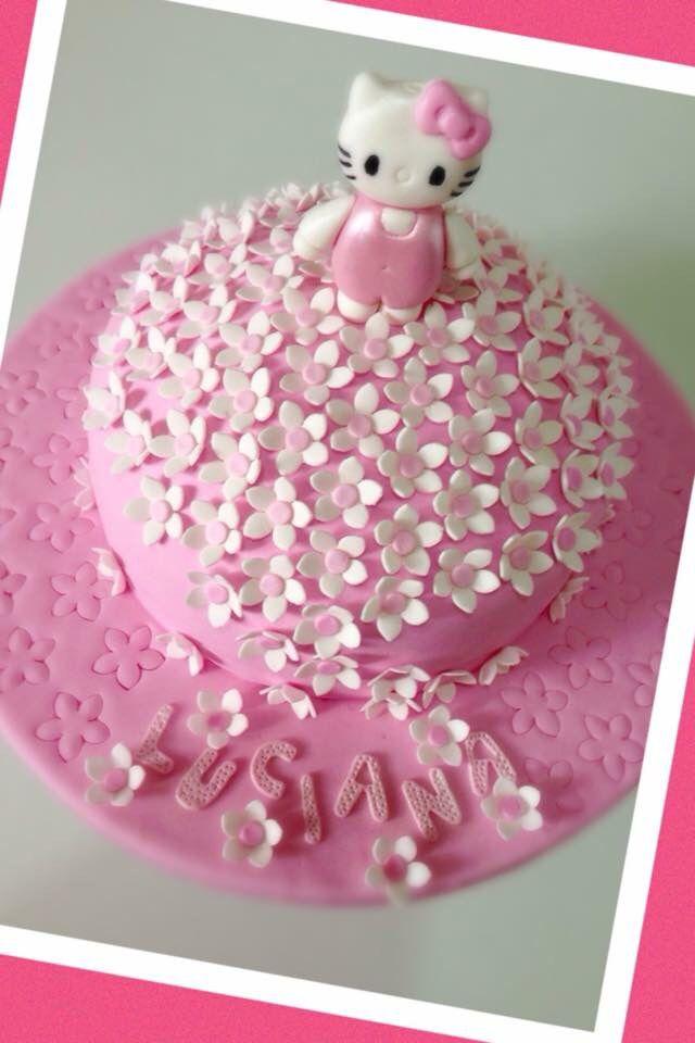 Hello Kitty girl birthday party