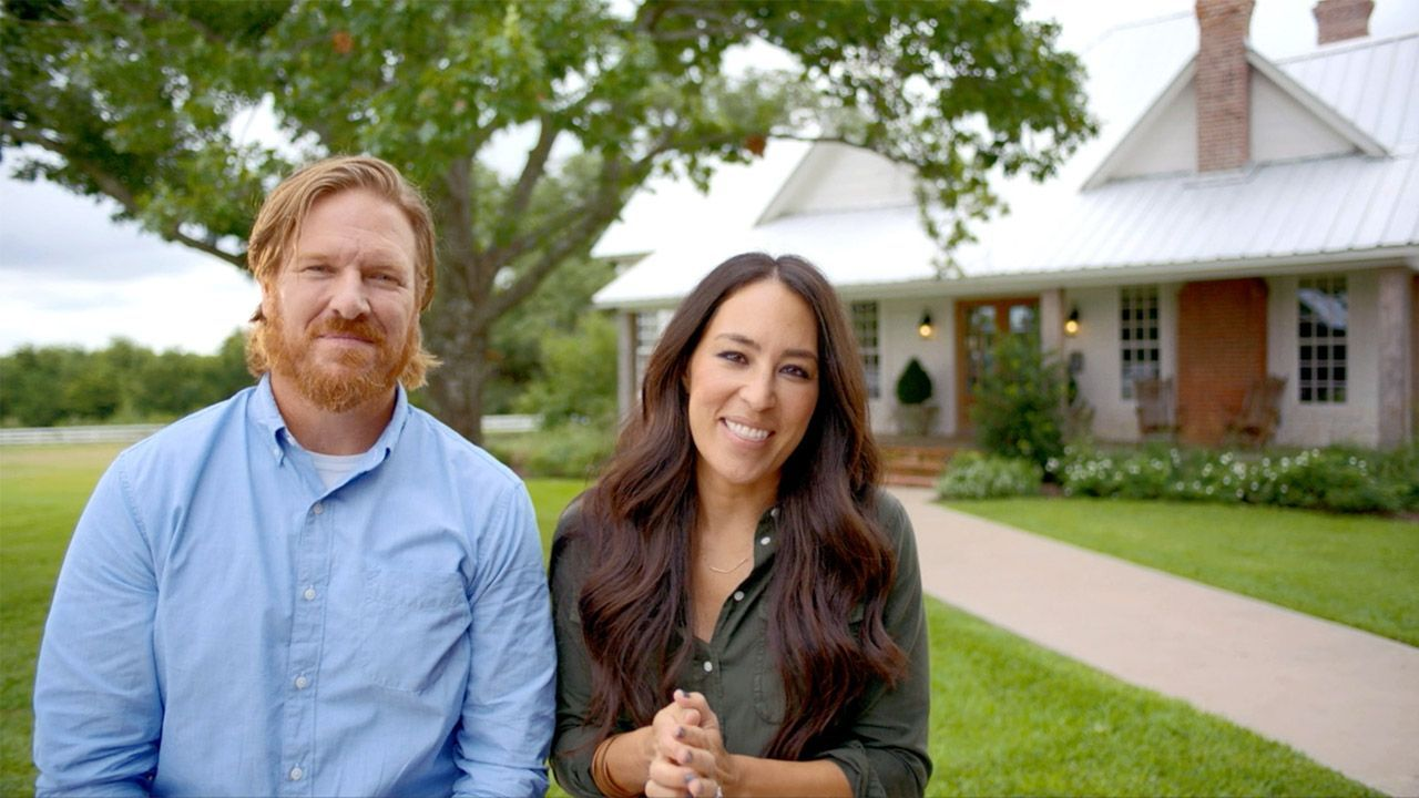 Fixer Upper Couple S Success Reaches New Heights Through