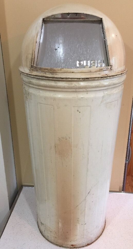 Vintage 38 Lawson Dome Top Steam Industrial Gas Station Torpedo Garbage Can Garbage Can Man Cave Trash Can Garbage