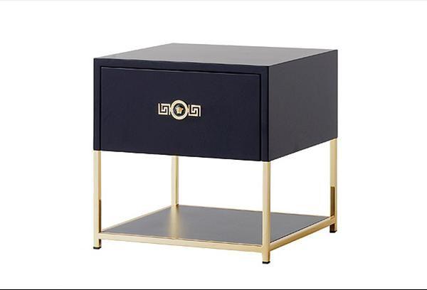 Comodini Versace Signature Www Versacehome It Furniture
