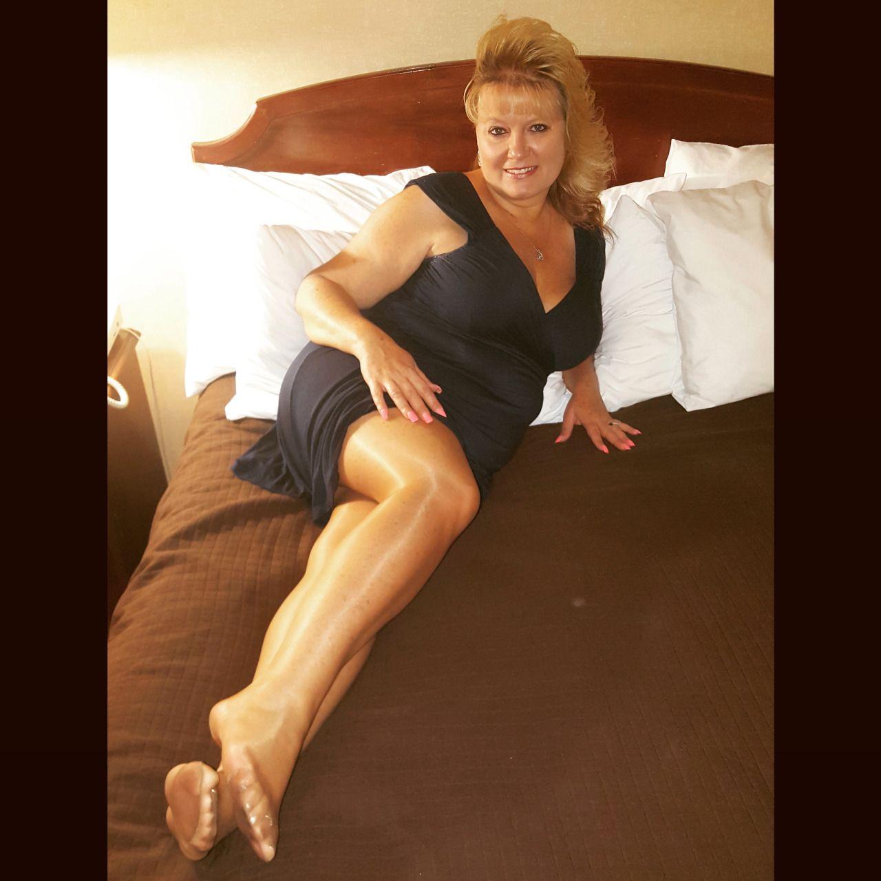 photogbikerhack: Real pantyhose wearing wife  Wish it