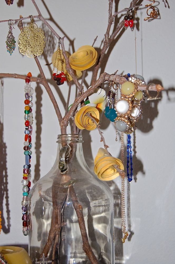 Diy tree branch jewelry holder upcycle instead of for Tree branch jewelry holder