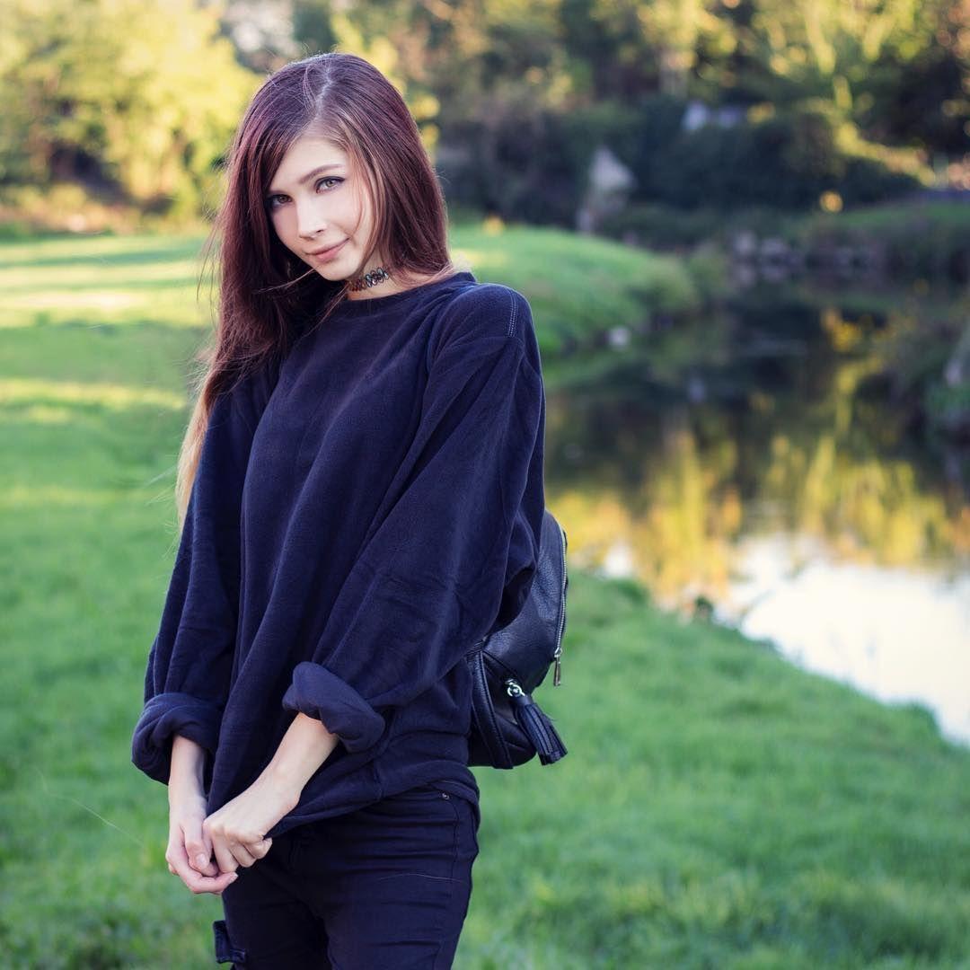 Quicklist 33 Russian Women Lady