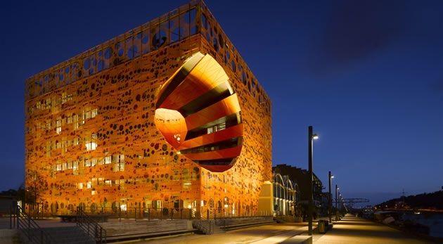 Orange Cube in Lyon