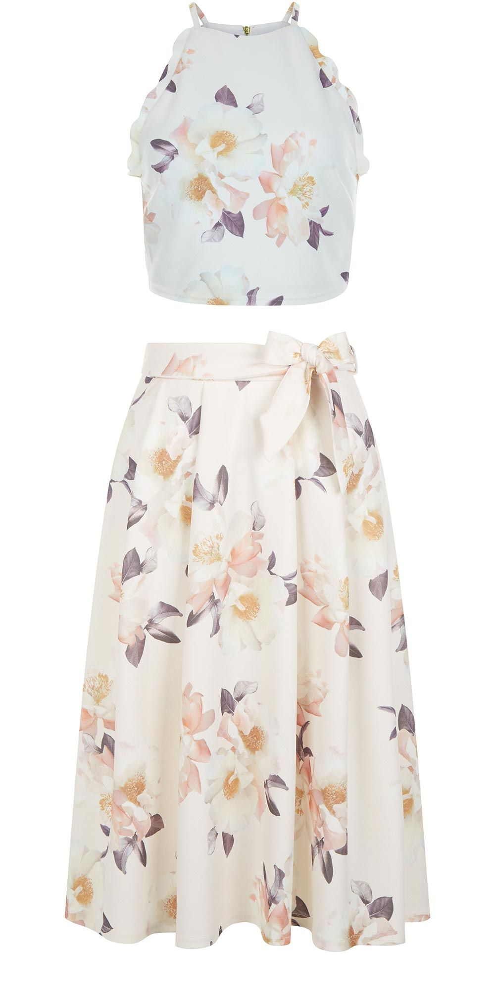 6088ce31dda3 Co-ords are a big trend for 2016 and this floral two piece from New Look ( top £14.99