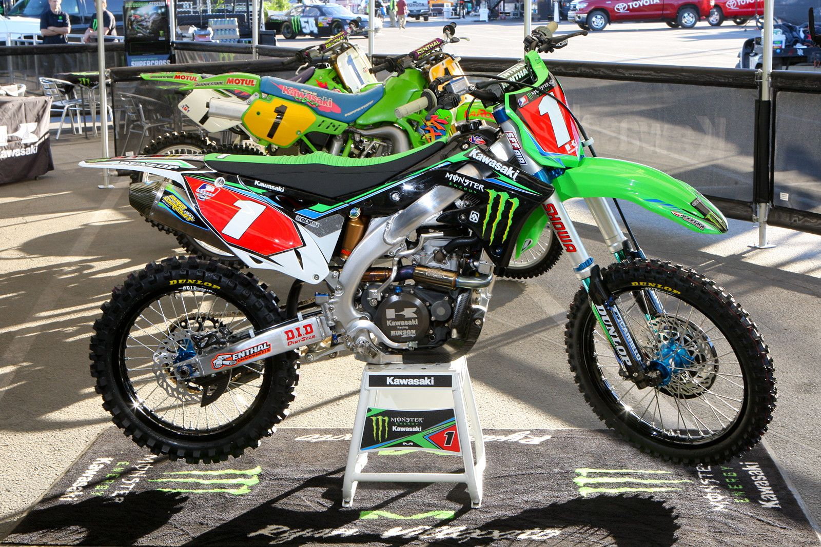 Kawasaki Kx 450 Team Monster Energy Kawasaki Ryan Villopoto Supercross 2013 Bike Experience Motocross Bikes Dirtbikes