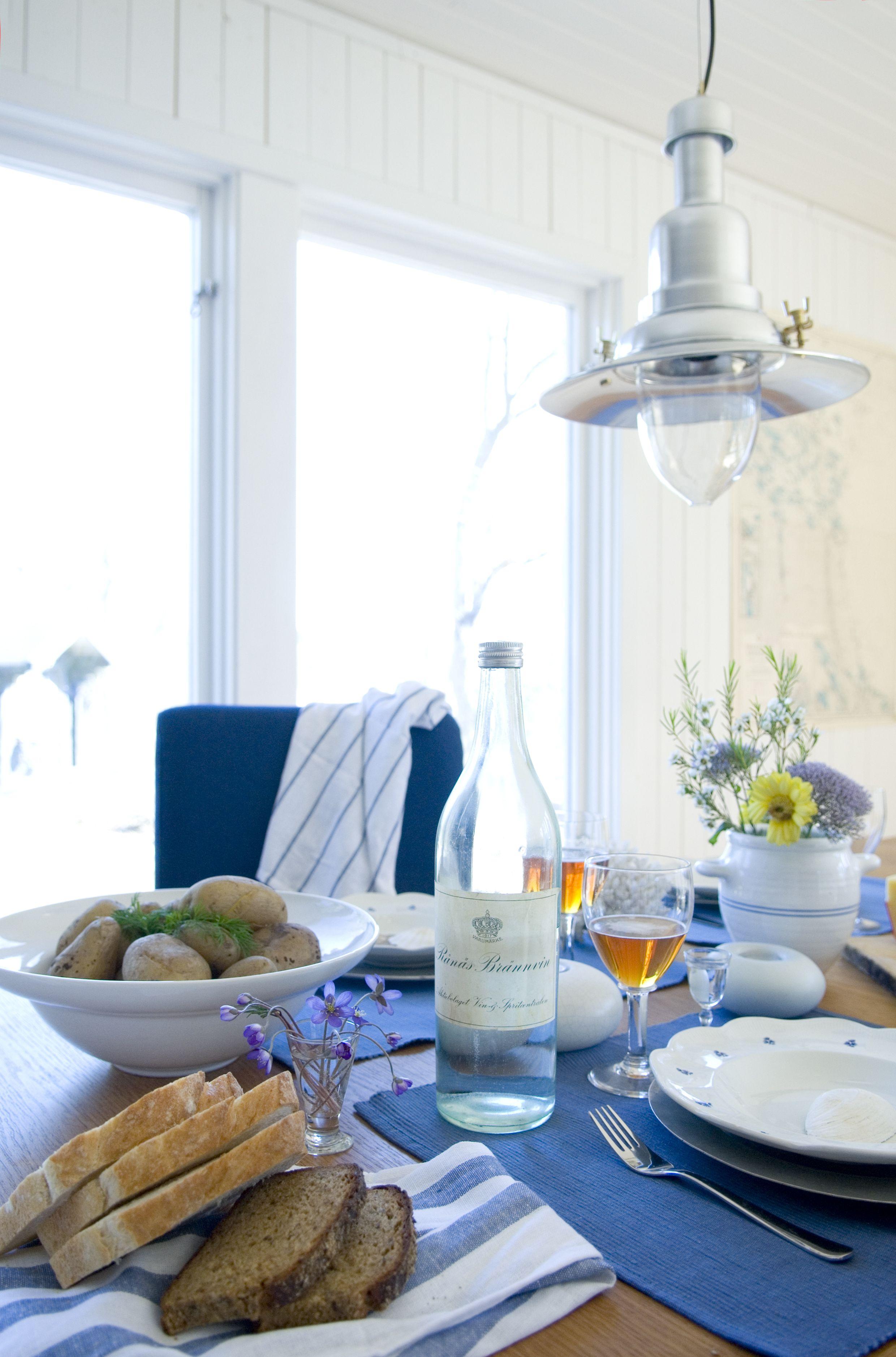 Dinner Time. Bemz cover for Henriksdal chair in Belgian