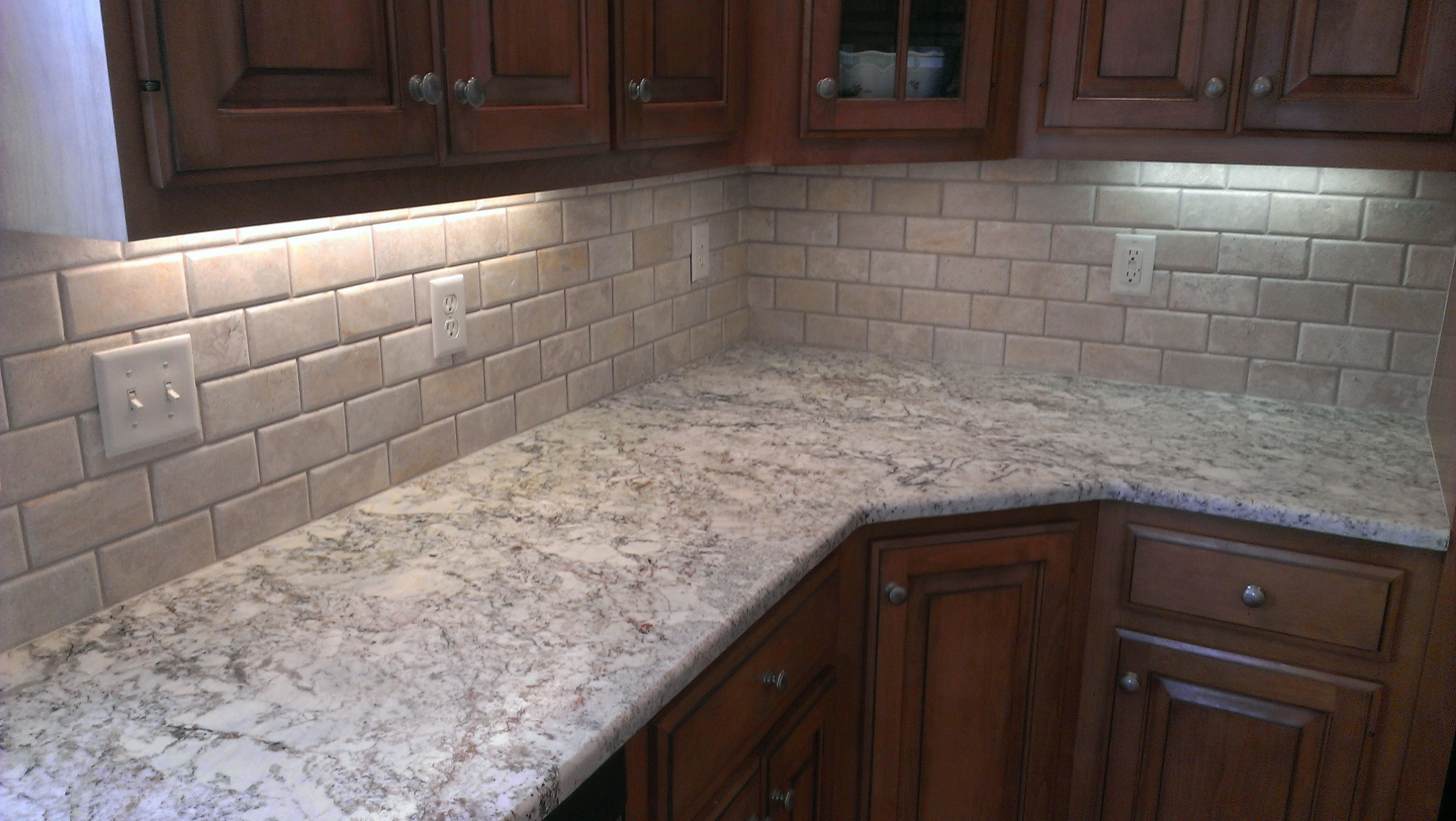 3 Quot X 6 Quot Beveled Edge Honed And Filled Travertine