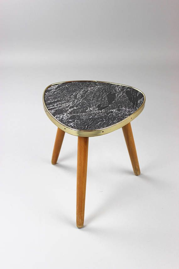 Mid century blumenhocker marmoriert kaffeetisch hocker for Tischplatte marmoroptik
