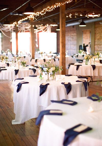 Modern South Carolina Wedding By Landon Jacob Burlap Runners
