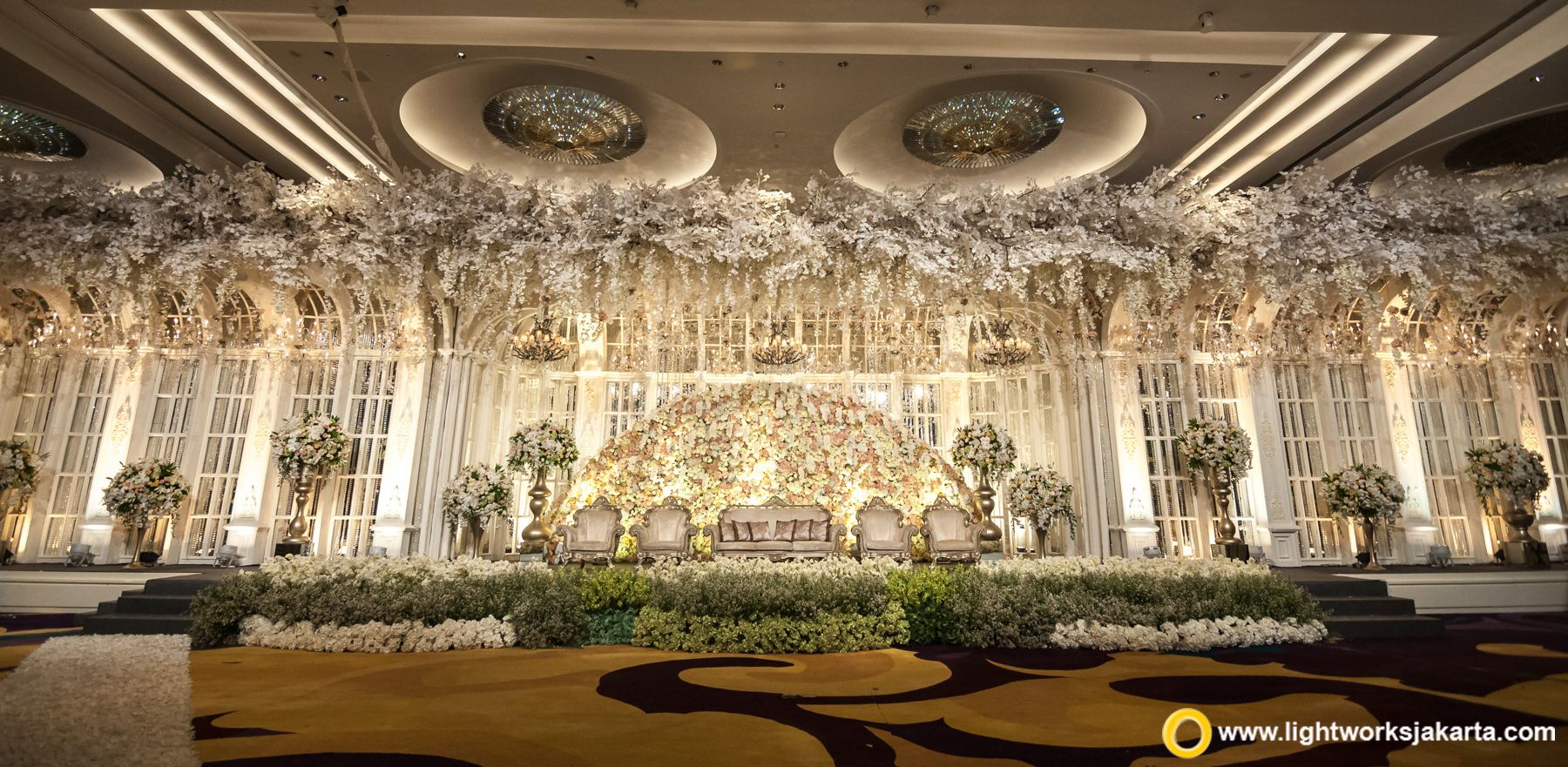 Pin Di Bridal Stage Backdrop Inspiration