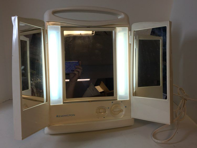 Remington Lighted 3 Sided Makeup Mirror Mercari Buy Sell Things