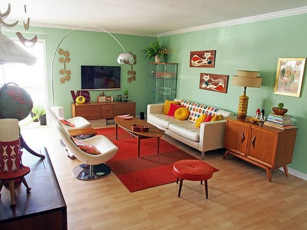 Viviana Agostinho S Retro Apartment Makeover Hooked On Houses I Love All Of The Color