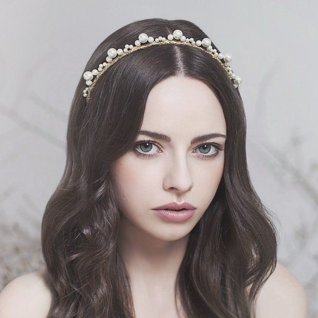 Headpieces For Weddings Australia: The Most Beautiful Crowns To Wear On Your Wedding Day