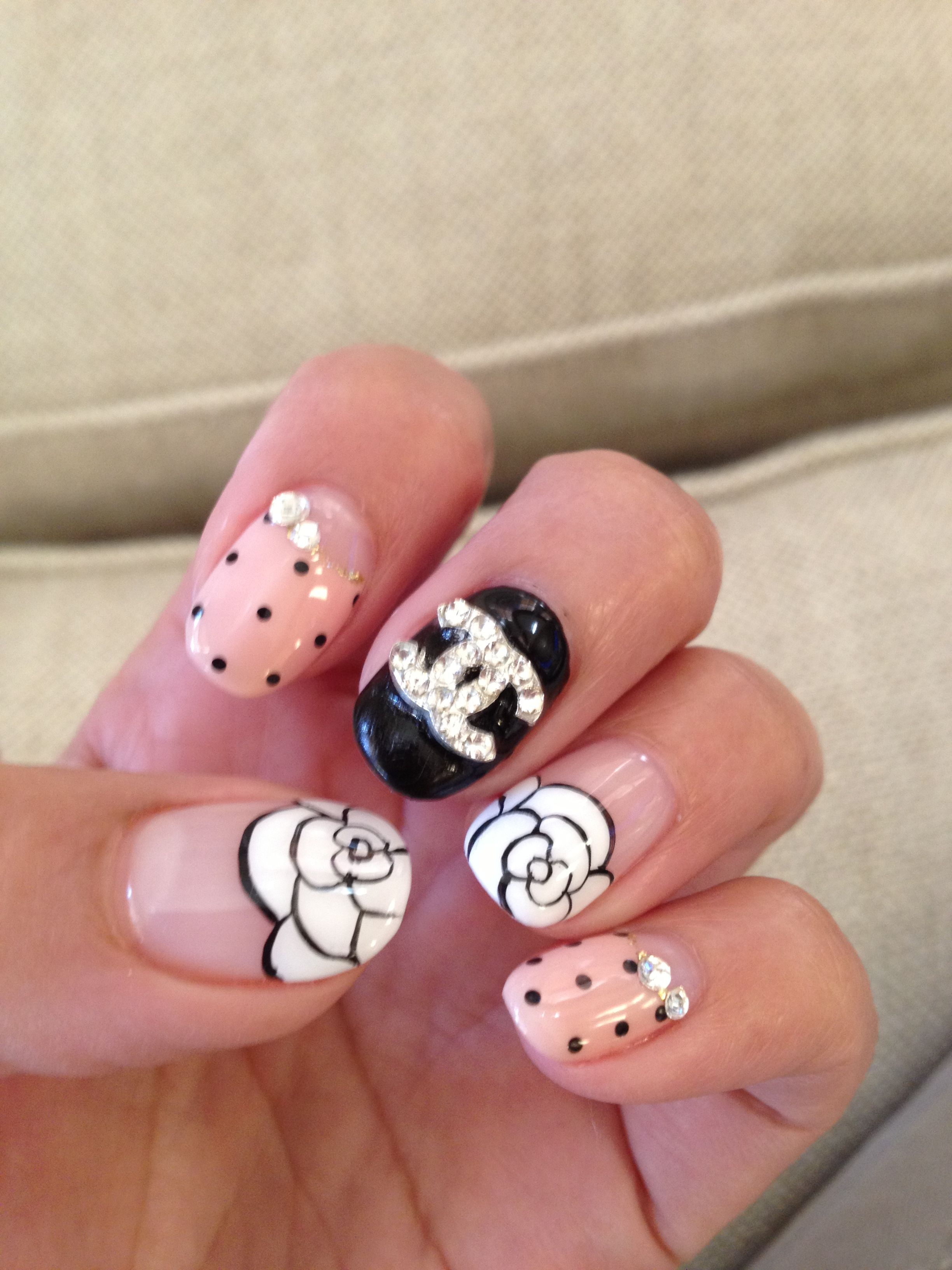 But not so crazy. Just the flower n nude w dots | Nails | Pinterest ...