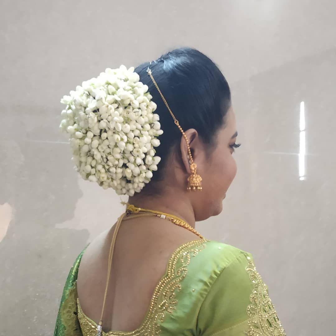 reception-flowerbun #bridalhairstyle #trendy #flowerbun