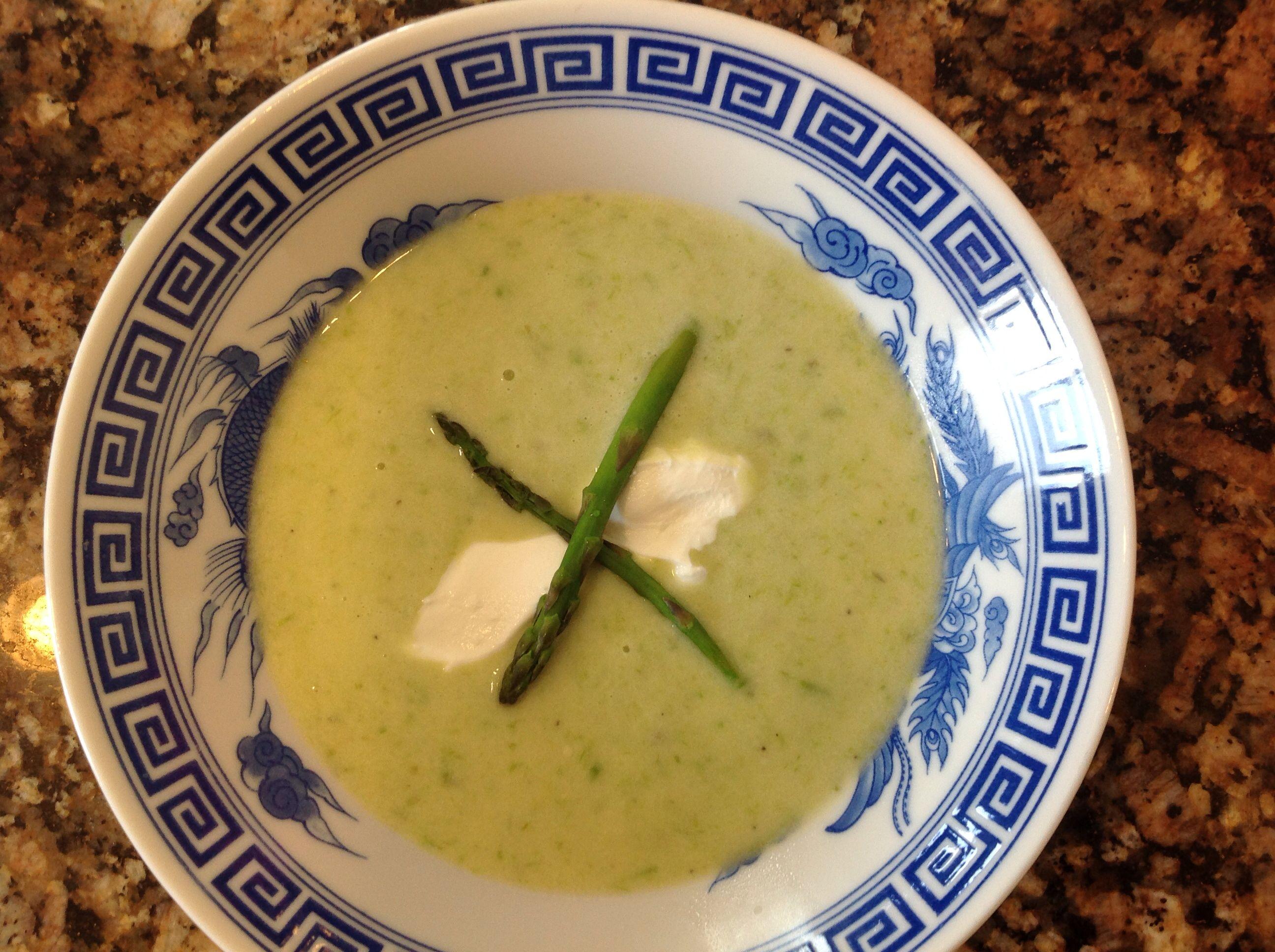 Cream of asparagus soup using a white cream soup base of
