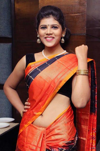 hot Actress saree sangeetha in