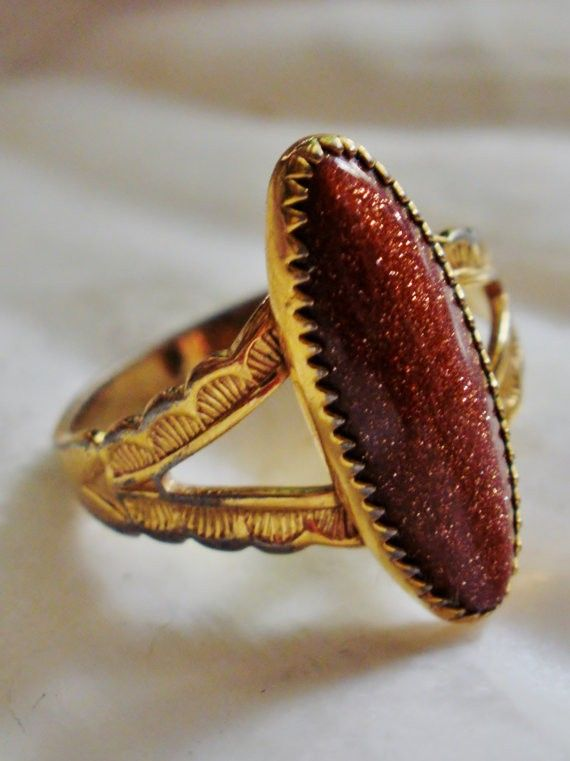Hippie Wedding Ring With A Gold Stone #gold #ring Http://www