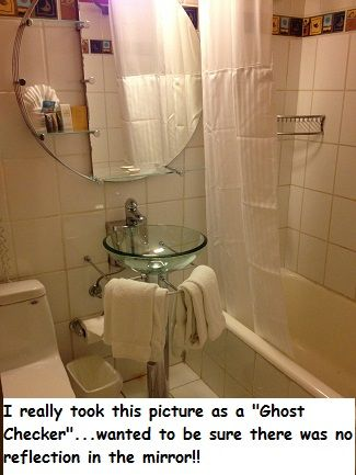 haunted hotel - dallas texas - checking the mirror for ghosts! the