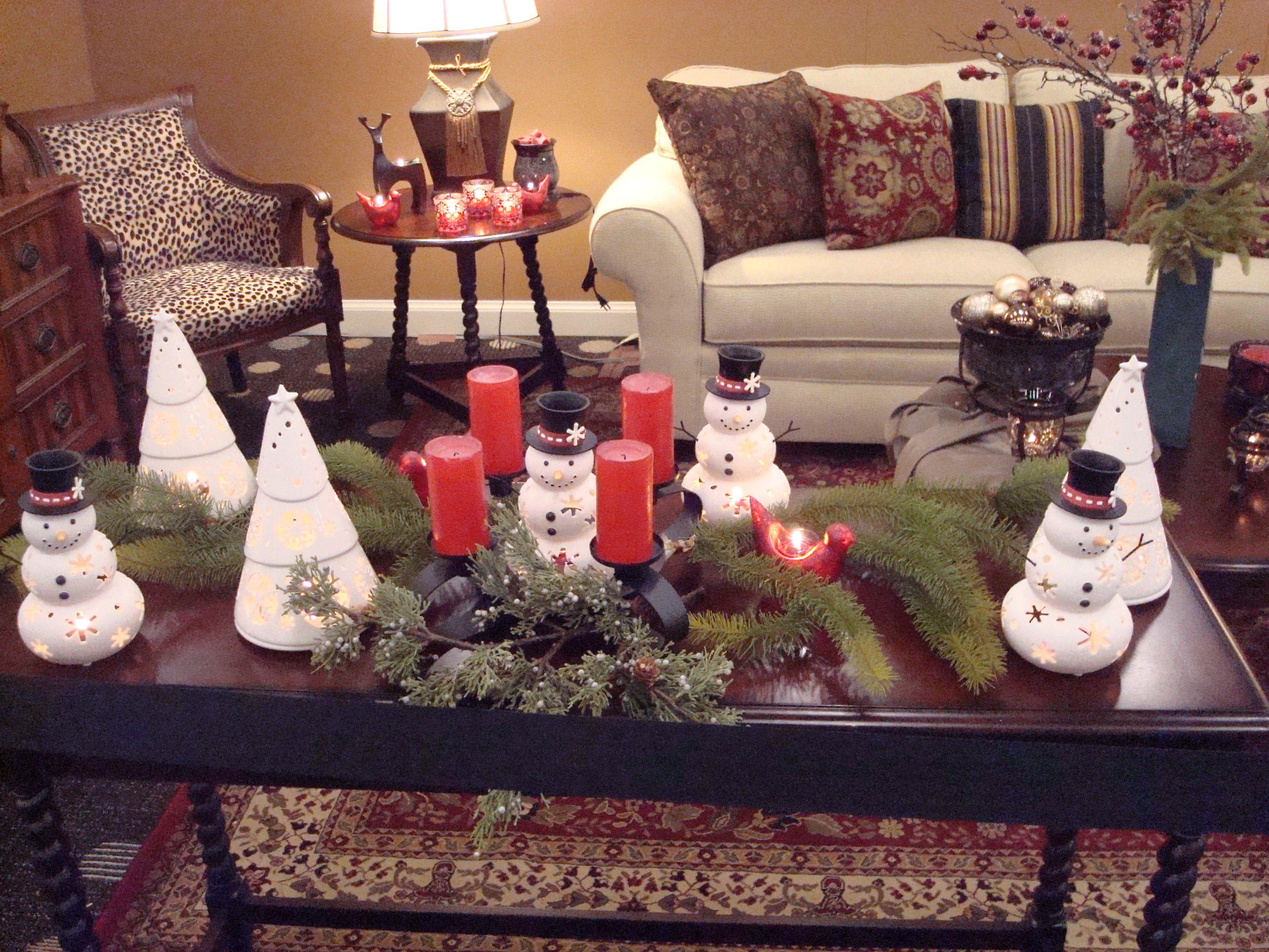 Holiday Coffee Table Decor Christmas Coffee Table Decor Table Decorations Decorating Coffee Tables