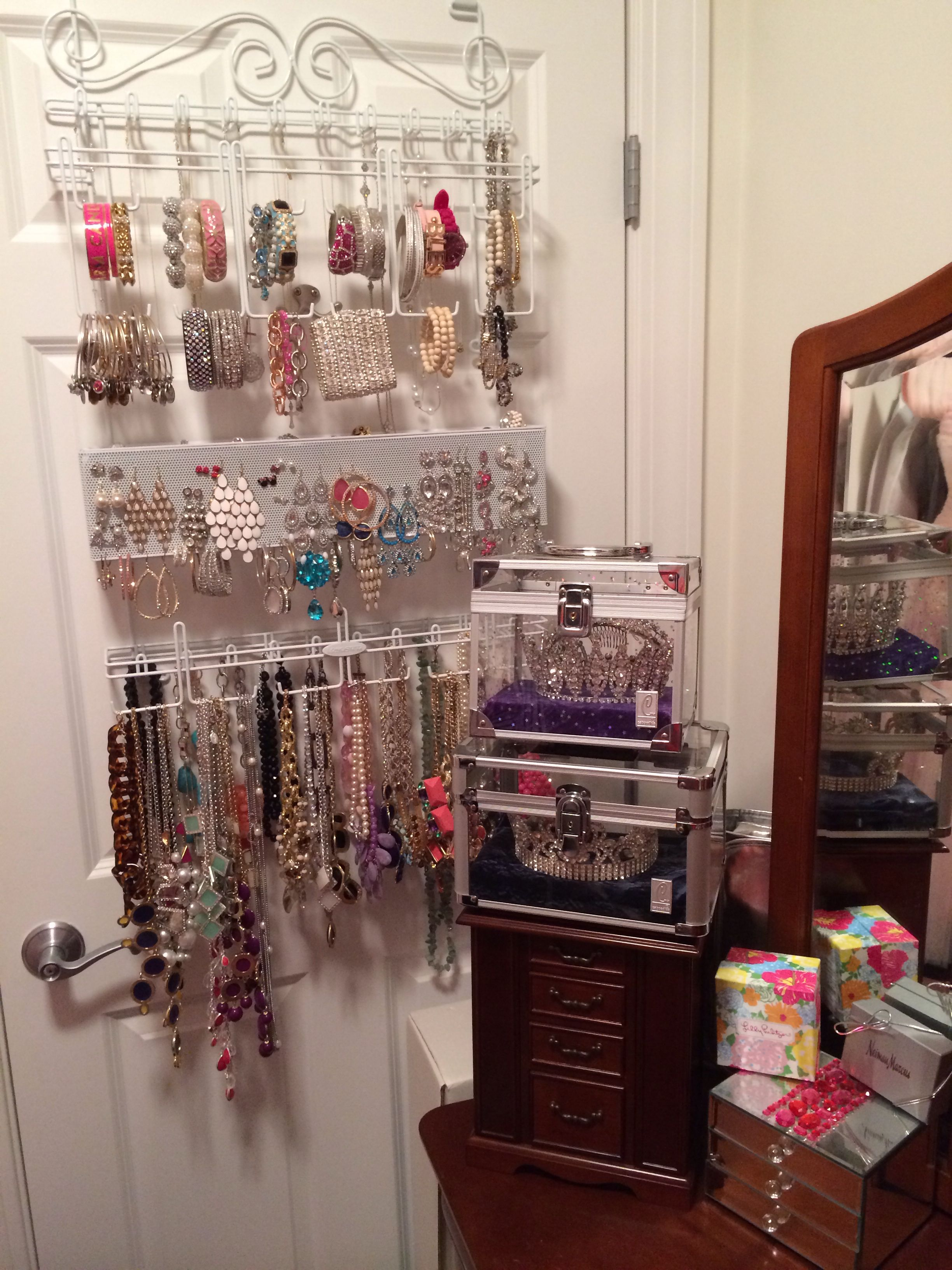 Over the door jewelry organizer in 2019   Jewelry ...
