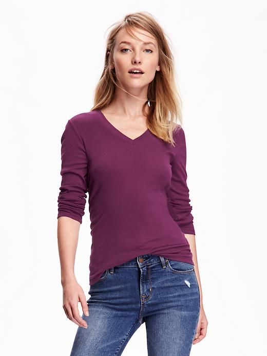 """Old Navy Perfect V-Neck Tee - LOVE THESE! They're called """"Perfect Tees"""" for a reason!  Soft, comfortable, great fit, easy wash & wear. The quality is MEGA superior over other name brands that are priced at 4, sometimes 5, times as much. I don't know why it pinned """"XXL Petite"""".  The ones I clicked on were """"Small Regular""""."""