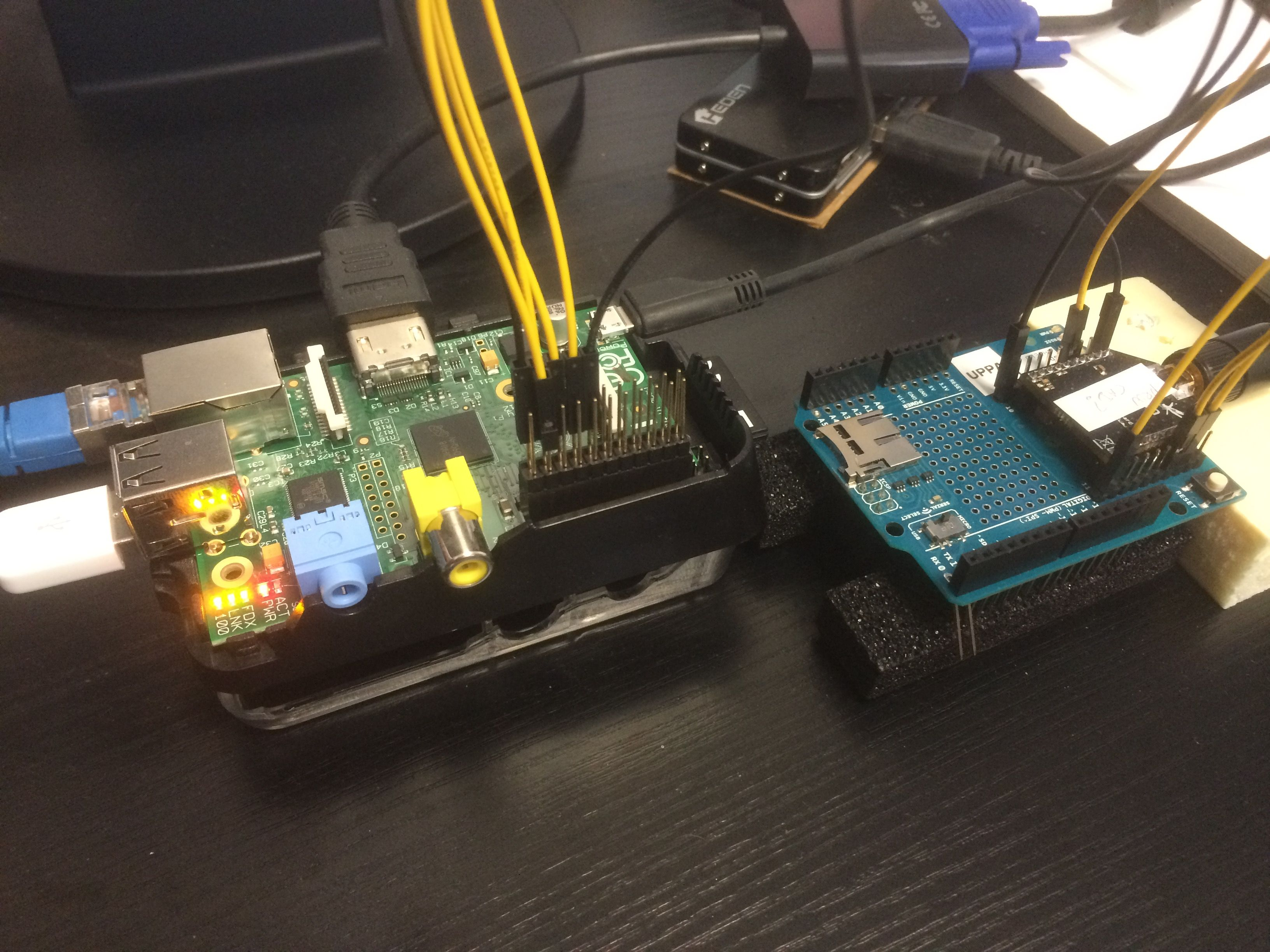 A DIY Low-cost LoRa gateway | Raspberry Pi / Arduino / and
