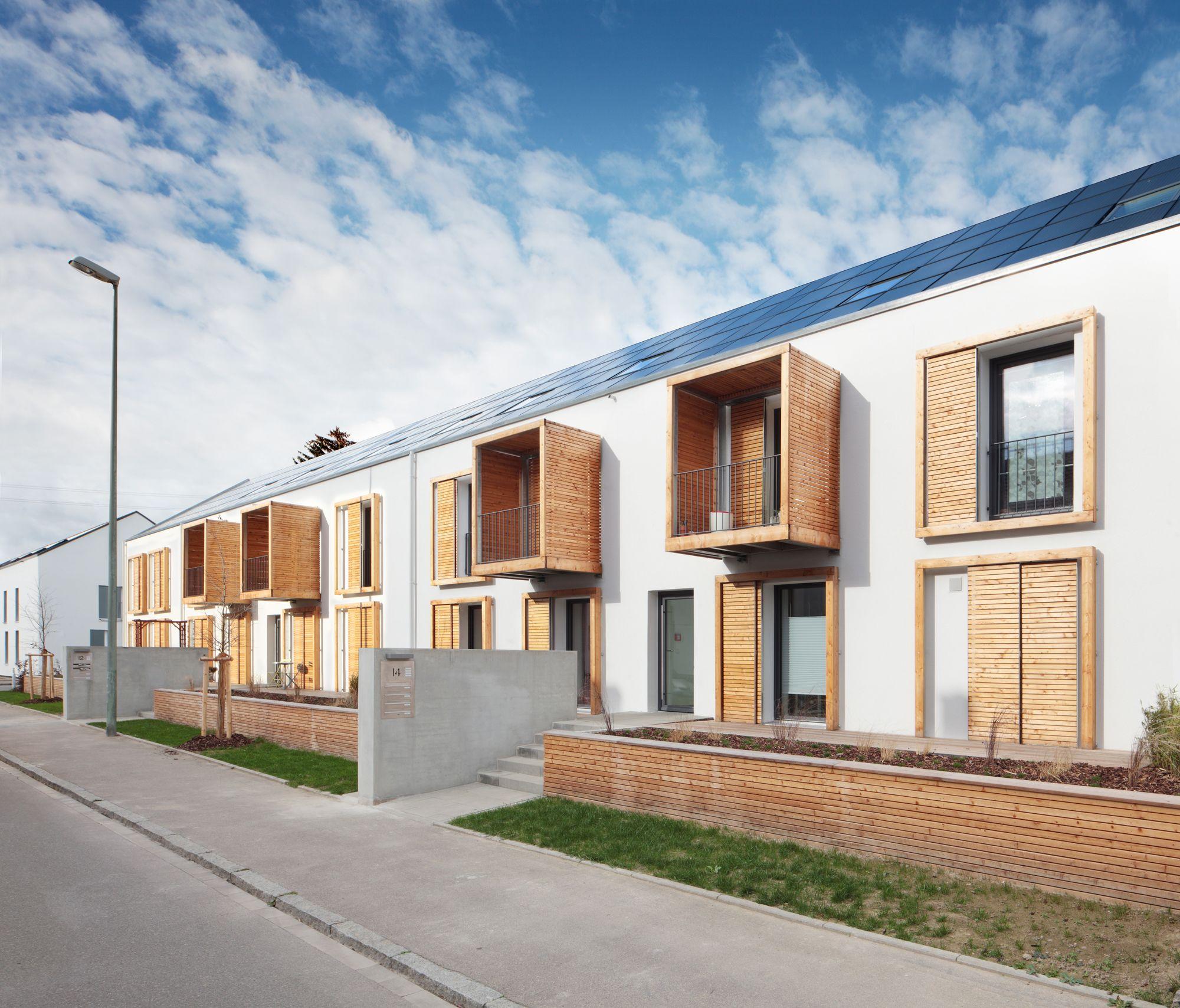 Stall umbau mehrfamilienhaus eibe neu ulm satteldach holzbau moderne häuser reihenhaus masterplan