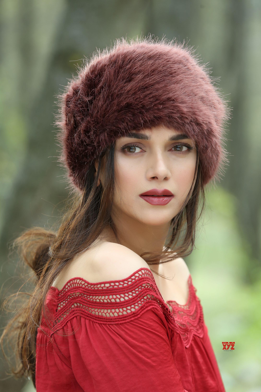 actress aditi rao hydari solo hd stills from sammohanam | social