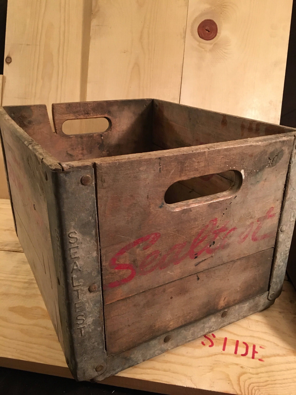 Vintage Antique 1950/'s Old Galvanised Metal Milk Crate Garden Coffee Table