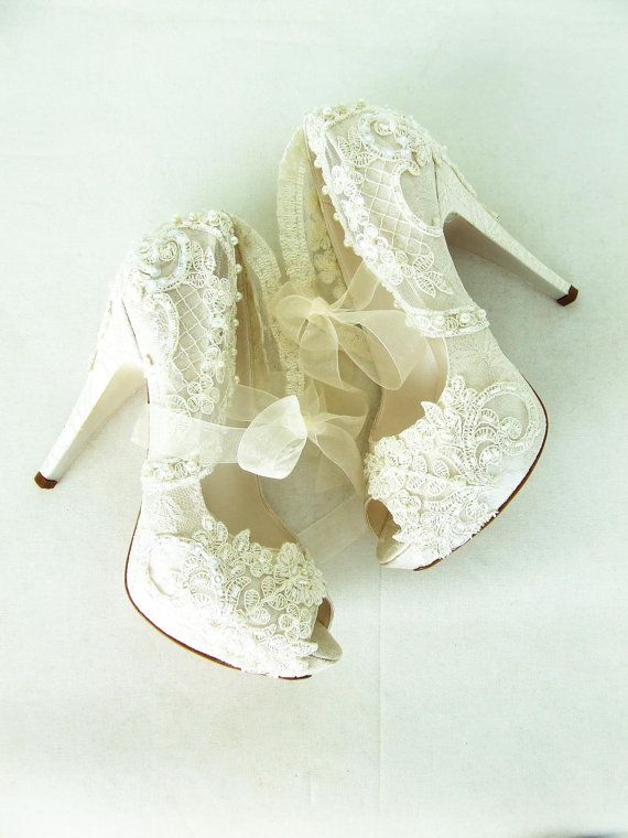 Ivory Lace Wedding Shoes For Bride With Pearls Brautschuhe