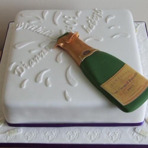 Champagne Bottle Birthday Cake Png 500 500 Bottle Cake 50th Birthday Cake Birthday Baking