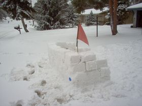 498cb56008ed How To Build A Snow House Or Snow Fort With Kids