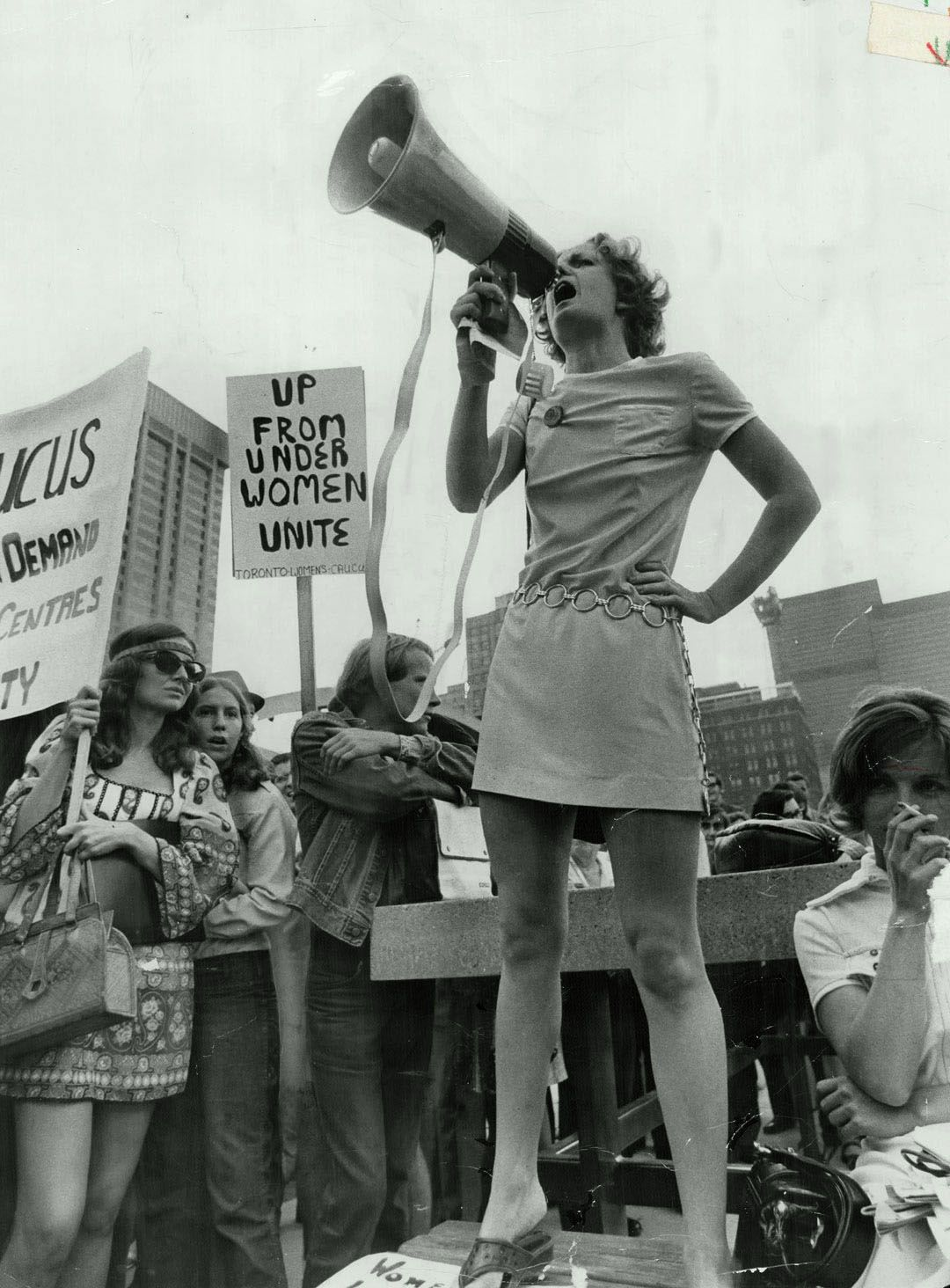 Права женщин картинка