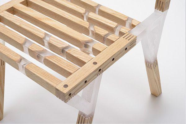 Quartz Chaise Bois Resine Par Taichi Sekiguchi Avec Images Chaises Bois Mobilier En Bois Chaise Design